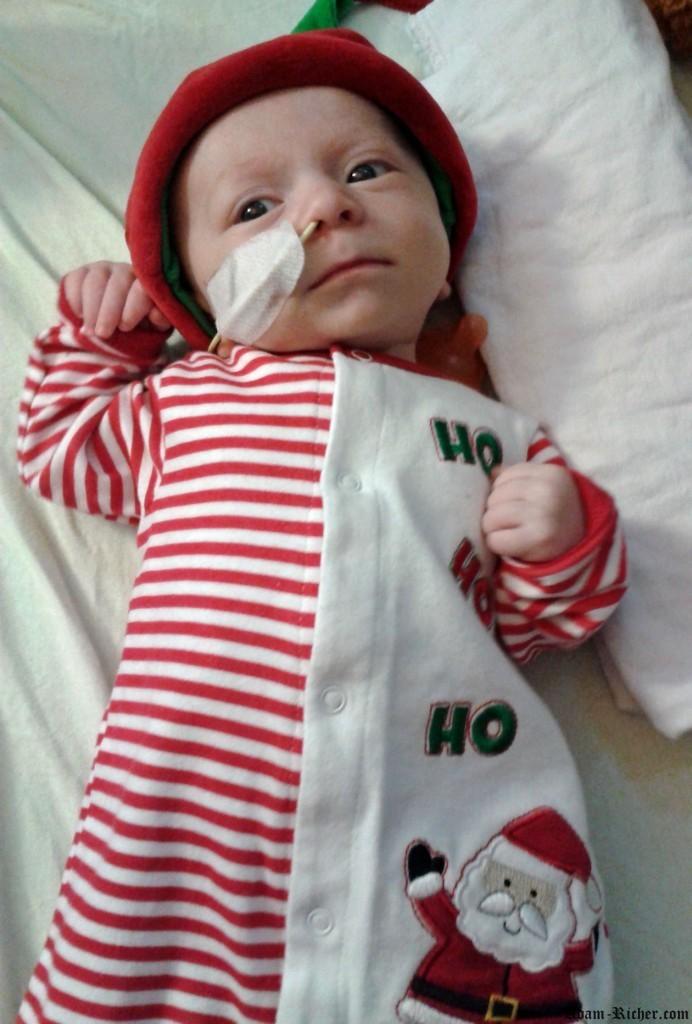 """Adam qui fait """"Ho Ho Ho"""" la veille de Noël"""